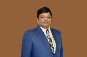 Dr. Sudhakar-Physiotherapist